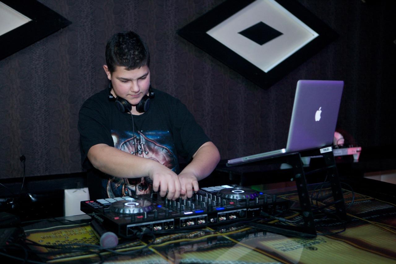 DJ Dim