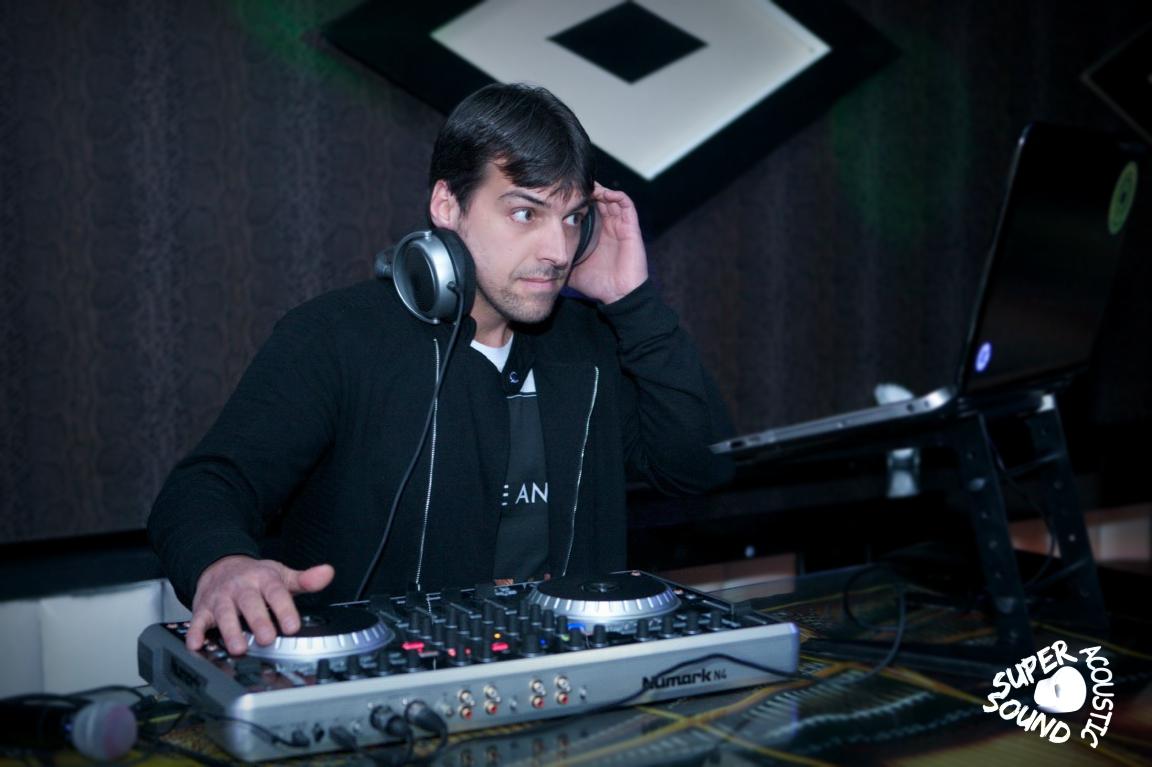 DJ IVKOUZI
